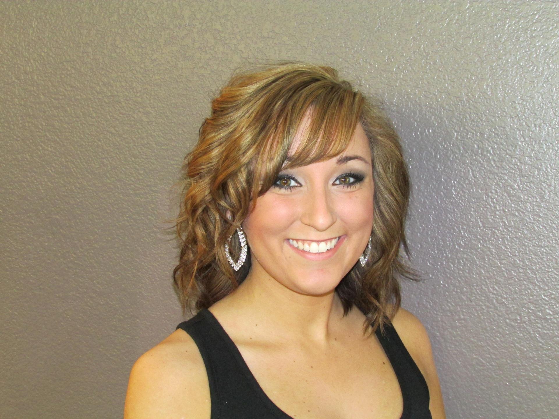 Hanna Bedford-Hair Stylist, Makeup Artist, Eyelash Technician